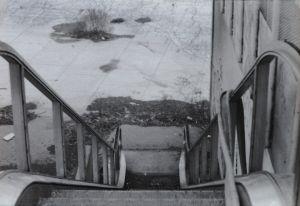 c90-13_StairwayToNewYork_4web.jpg